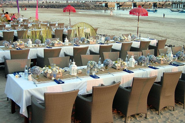 special table setup